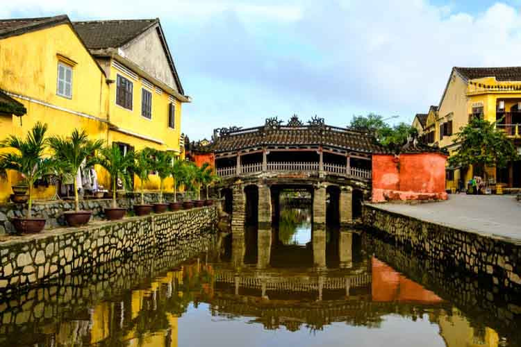 places to visit in Vietnam - hoi an