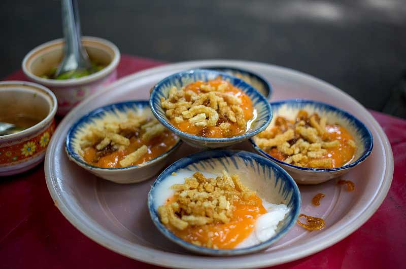 what to eat in hue vietnam