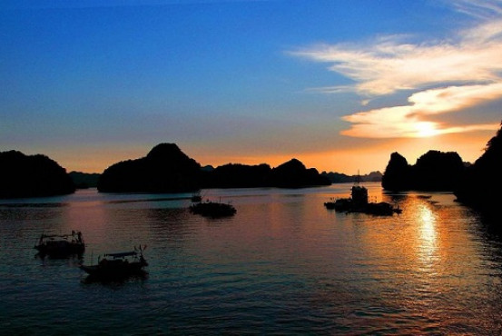 Bai Tu Long Bay - Why is it worth a visit?