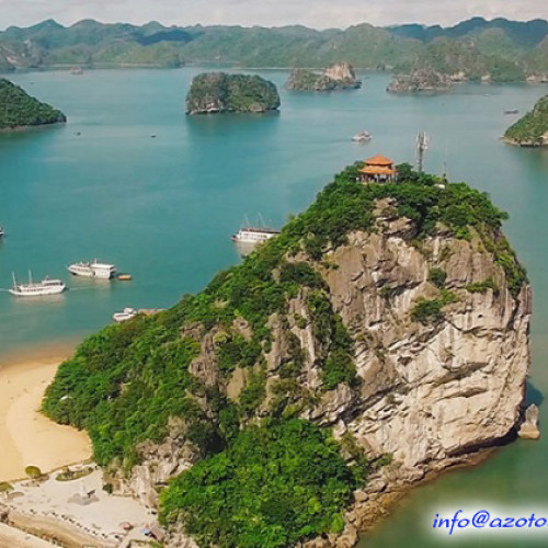Titov Beach - Ha Long Bay