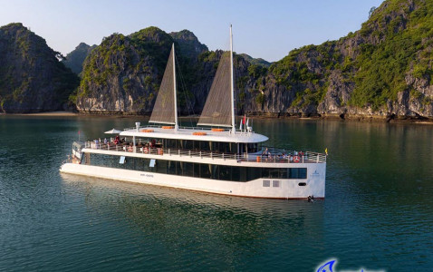 Jade Sails - Halong Bay 1 Day