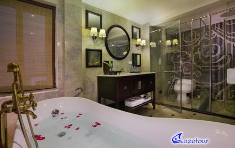 Lan Ha COMBO: La Paci Cruise & Hanoi's 3* Hotel